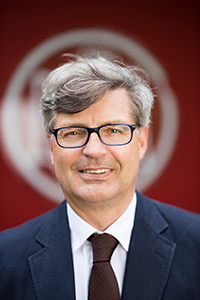 Dr. Jan-Christian Engelke