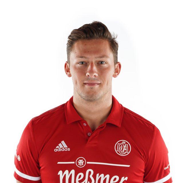 #15 Tobias Terber